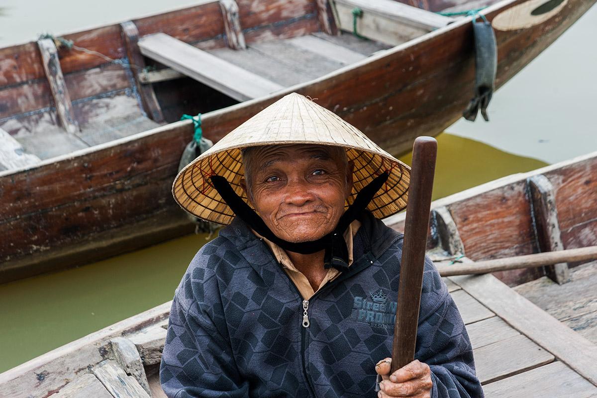 Hanoi, Ha Long, Halong, Bay, Limestone, Hue, Ho Chi Minh, Mekong, Floating market, communist, Vietnam, War, Hue, Saigon, Street, Photography
