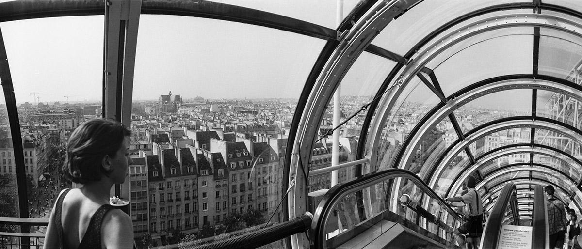 Beauborg, modern art, Musée National d'Art Moderne, Matisse, Picasso, Andy Warhol,  Nan Goldin, public library, street photography