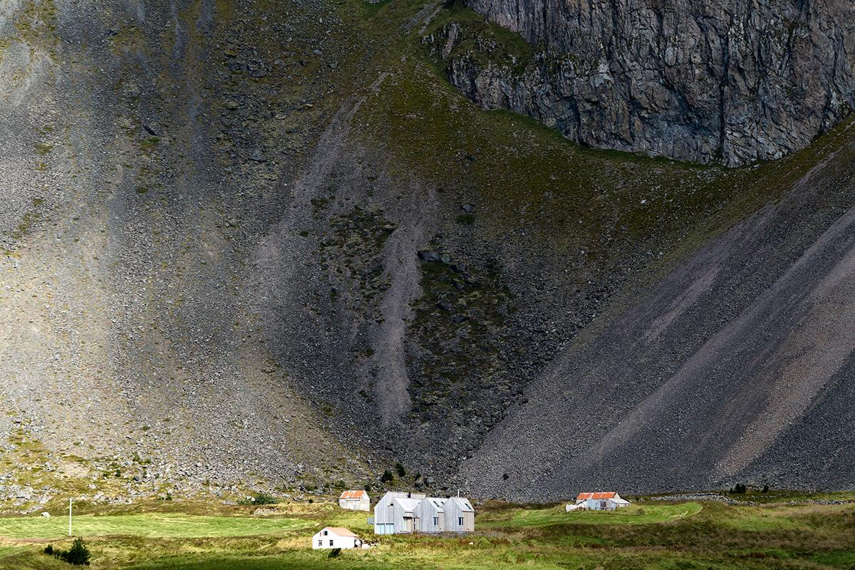 Gullfoss, Geysir, Gletscher, Glacier, Reykjavik, Concert Hall, Olafor Eliasson, Blue Lagoon, Jökulsárlón, Glacier, Seljalandsfoss, Pingvellir, Skógafoss, Tectonic plates, Hallgrimskirkja, Snæfellsjökul, Strokkur, Hekla, Bardabunga, Skalholt